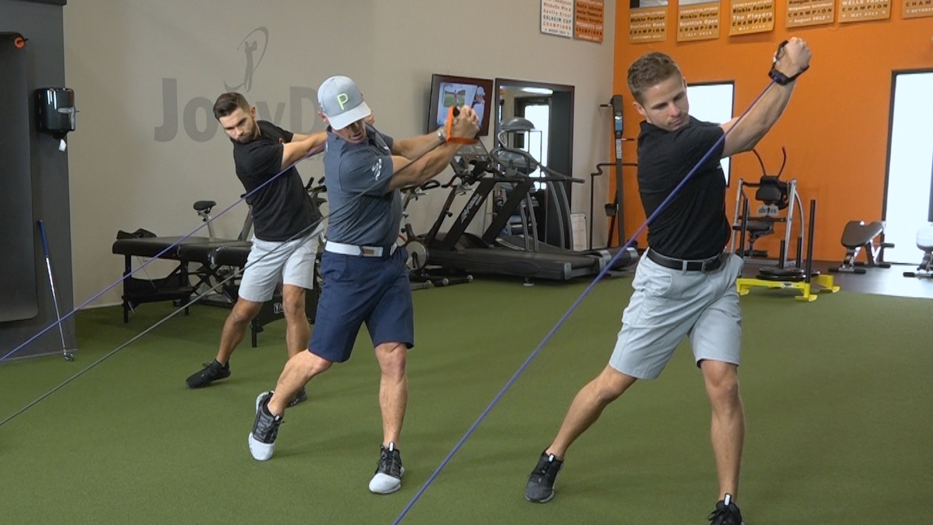 side-twist-resistance-bands golf fitness exercise