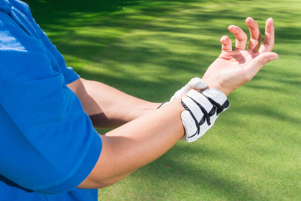 golf wrist injury